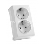 Socket double earthed Vera white